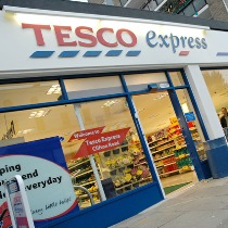 Tesco's CEO starts earlier than planned